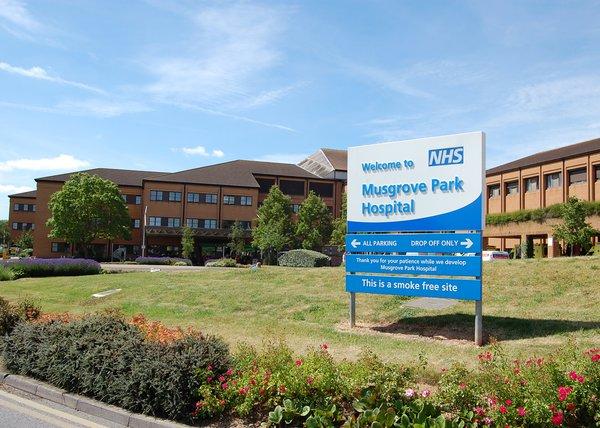 Musgrove Park Hospital.jpg